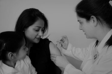 インフルエンザ予防接種の効果は5ヵ月継続